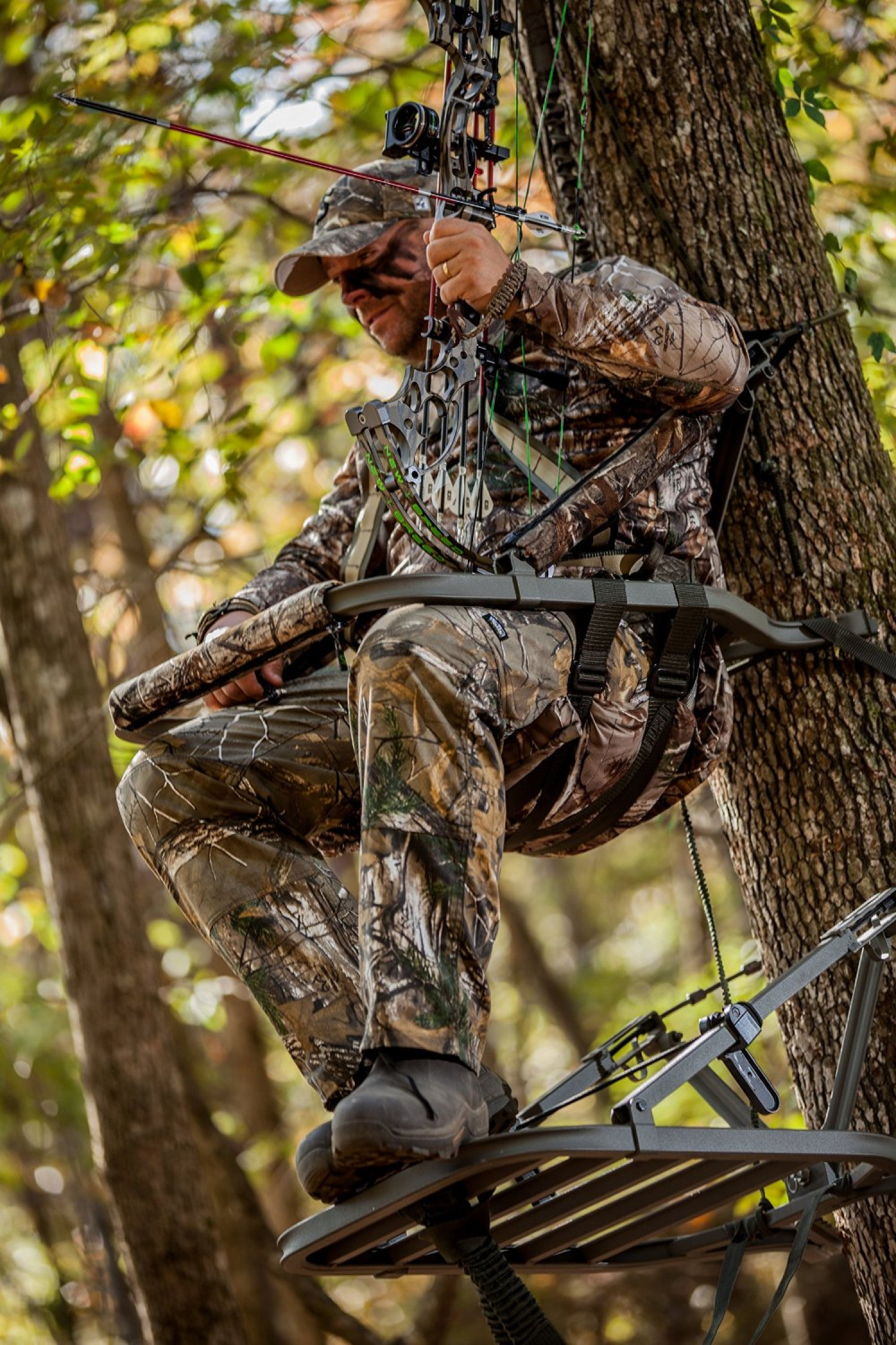 Summit Climbing Tree Stand W Backrest Fishing Hunting